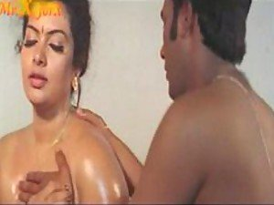 A big beautiful Indian woman gives her man an amazingly sensual massage