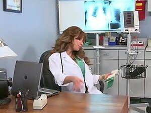 Hot Doctor Aleksa Nicole Giving a Deepthroat Blowjob and Cock Riding