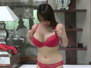 Sweet Asian brunette fuck at the casting