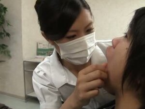 Nice Japanese dentist gives a blowjob to her client