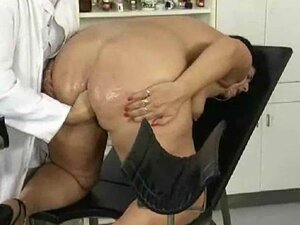 Her gynecologist fists her pussy