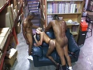 Ashley Long does black dick