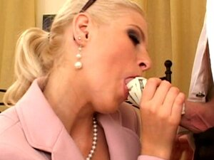 Nasty anal drilling for some cash money