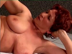Hairy redheaded granny laid in the vagina