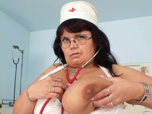 Fat nurse loves her dildo