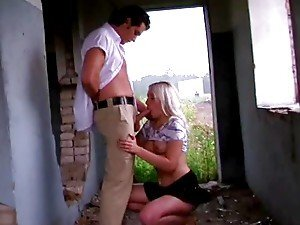 Hardcore sex with 18 years old blonde int eh abandoned construction