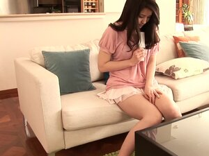 This lovely and very horny housewife plays with herself