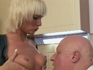 Ninna Moore and Grandpa fuck in teh kitchen