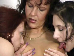 Three horny lesbian sluts do each other's cunts on the couch