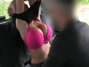 Huge breasts brunette fucks in taxi