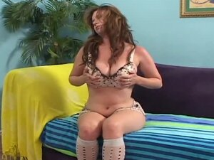 Busty MILF Gets a Thick Creampie in Her Hairy Snatch