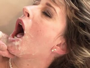 Lustful granny Judyt blows and gets unforgettably fucked