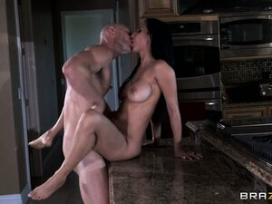 It's been a while since this horny soldier fucked his babe for the last time
