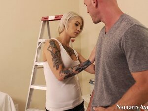 Beautiful tattooed blonde Kleio Valentien has big rounds tits and is horny as hell