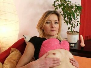 Slim hirsute pussy milf antonie first time video