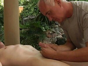 Dirt grey old fart want to fuck his client instead of making him a massage