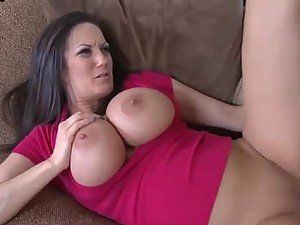 Brunette MILF Stephanie Wylde Turning a Nerd Into a Stud With a Fuck