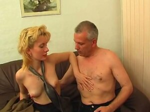 Blonde gets hairy pussy pounded