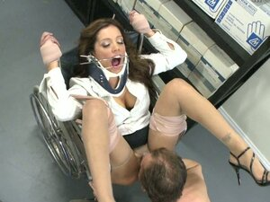 Kinky doctor fucks his patient Francesca Le