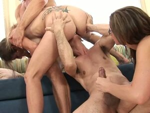 At this fucking orgy babes love getting creampie fucks