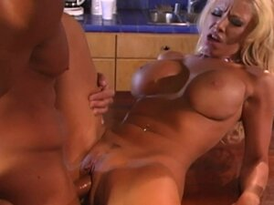 Busty milf Kelly Erikson is doing blowjob