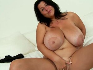 Chubby girl in solo striptease and model show