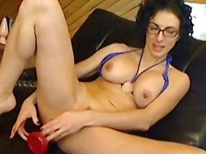 Sexy french cam slut Bianca ass plugged
