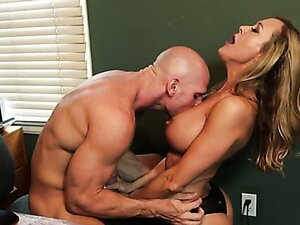 Hard office sex with sexy Brandi Love/Brandi Love