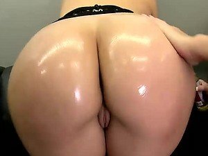 Sexy Pair Of Oiled Up Babes With Big Tits Have Anal Group Sex