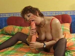 Filthy UK MILF takes double dildo