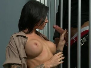 Juelz Ventura fucked by prisoner