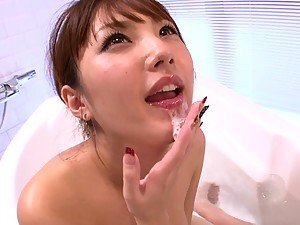 Tsubasa Amami Hot Bath And Blowjob