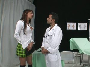 Tranny Fucks The Doctor In The Ass