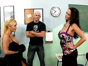 Shyla cheats Carmella with a students!