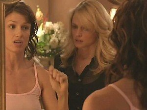 Hot Lesbian Action With Beauties Bridget Moynahan and Heather Graham