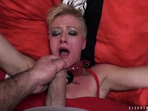 Slutty fox with shaved twat is banged nicely by famished partner