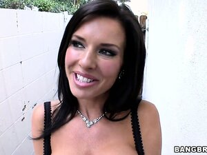 Meet Veronica Avluv, a goddess with perfect tits and a pussy craving for cock