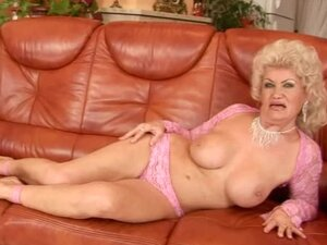 Nasty granny Effie sucks a cock before taking it in her old pussy