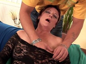 Duration: 00:07:00 mature amateur tube HellPorno