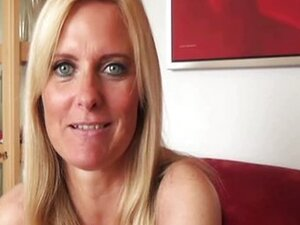 Sexy German MILF gives a great blowjob