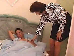 MILF gets young sex-hungry teen boy and he fucks her rough