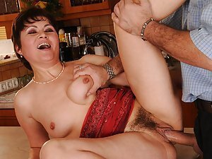 Malinda had great sex with her younger lover, her hairy pussy was stuffed with man-meat, she enjoyed every second of it! And so did Leslie, who recently discovered why mature ladies are better than young, inexperienced cold chicks... and from now on, he's