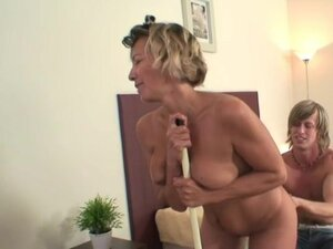 Cleaning lady gives his cock a good fuck