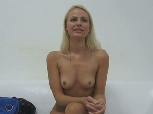 Czech babe kneels and adores cock
