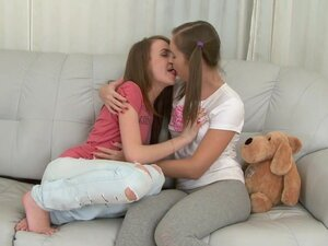 Two teen are nice looking lesbians