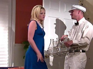 Bombshell Alexis Texas Flirts With A Guy And Sucks His Hard Dong