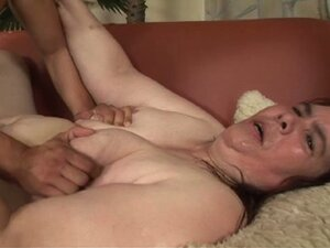 Obese brunette gets fat pussy pounded