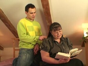 Fat bookworm gal has fucked by horny boy