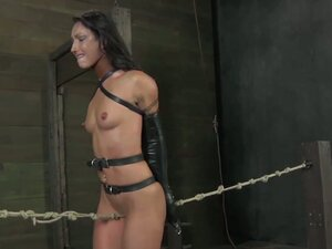 Bondage legend wenona submits to cyd black