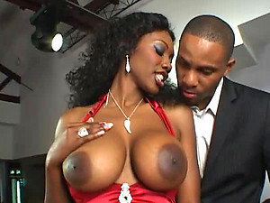 Big Breasted Ebony Fucks A Jazz Player